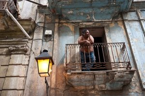 people-watching-havana-cuba